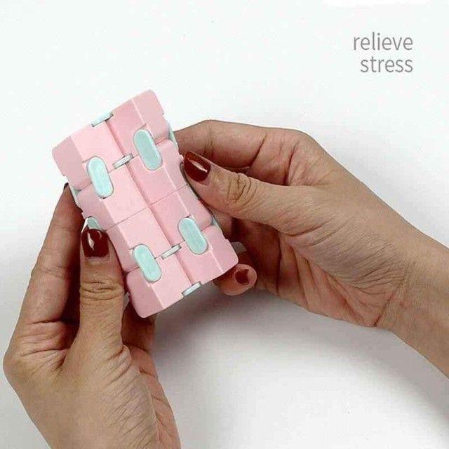 Cubo infinito - Fidget Toys Brinquedos Descompressivos - Foto 2