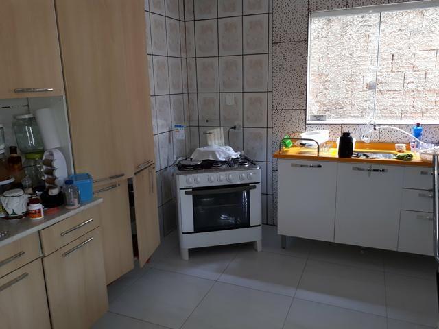 Rua 3 casa 3 quartos churrasqueira condomínio fechado com portaria e - Foto 4