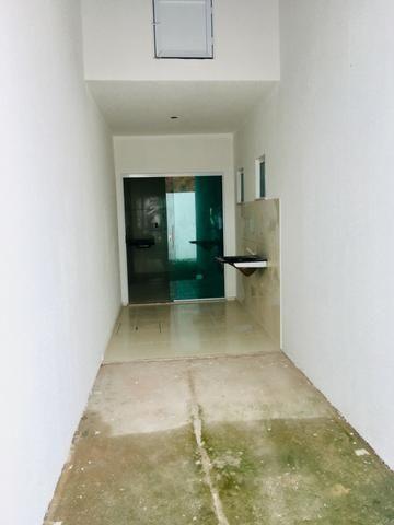 Documentação Inclusa: 2 quartos, 2 wcs, garagem, sala, coz americana, quintal, área serviç - Foto 13