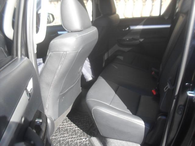 Toyota hillux srv 4x4 2.8 diesel automatica - Foto 6