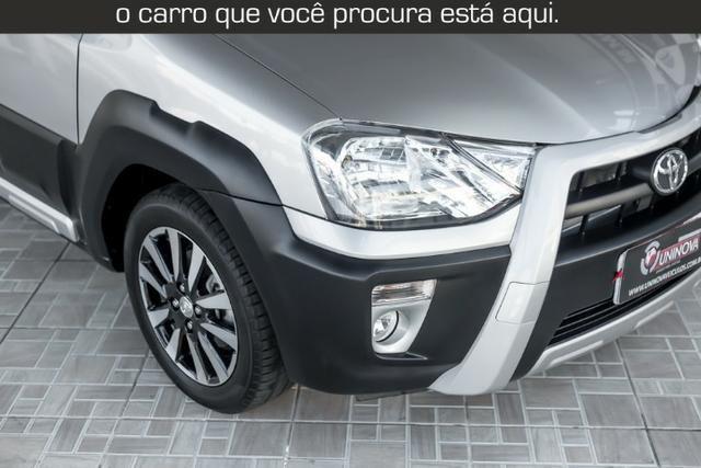 Toyota Etios Cross 1.5 Automático ( 16.000 km Com Kit Gas ) - Foto 3