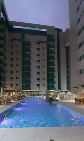Vendo Apartamento no Edifício Varanda do Alto no Farol