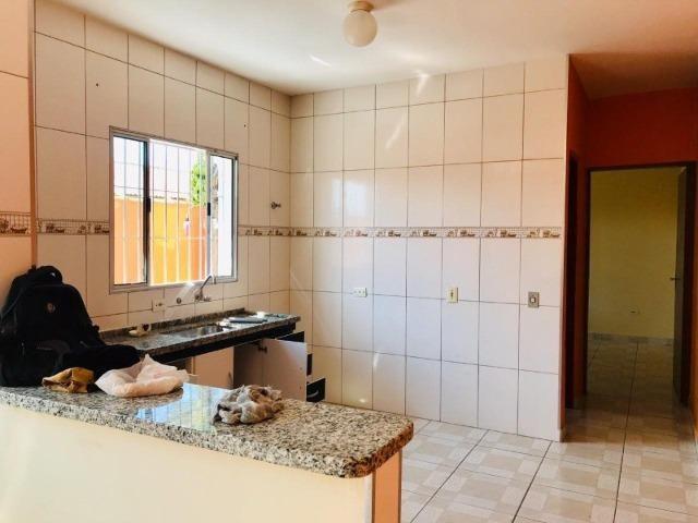 Casa toda reformada a 600 metros da Rodovia Alexandre - Foto 16