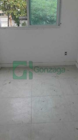 Apartamento à venda com 3 dormitórios cod:REAP30108