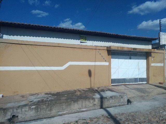 Casa na Zona Sul - Conj. Santa Fé