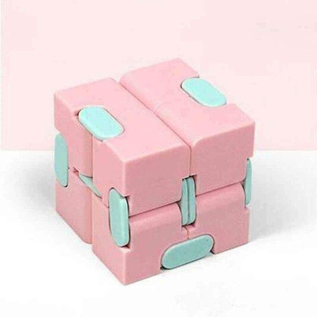 Cubo infinito - Fidget Toys Brinquedos Descompressivos - Foto 4