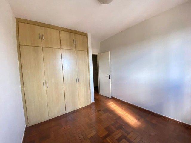 Apartamento com 3 dormitórios para alugar, 120 m² por R$ 1.150,00/mês - Centro - Uberaba/M - Foto 2