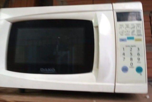 microondas  revisados com 3 meses de garantia ...entrego dependendo da localização  - Foto 2