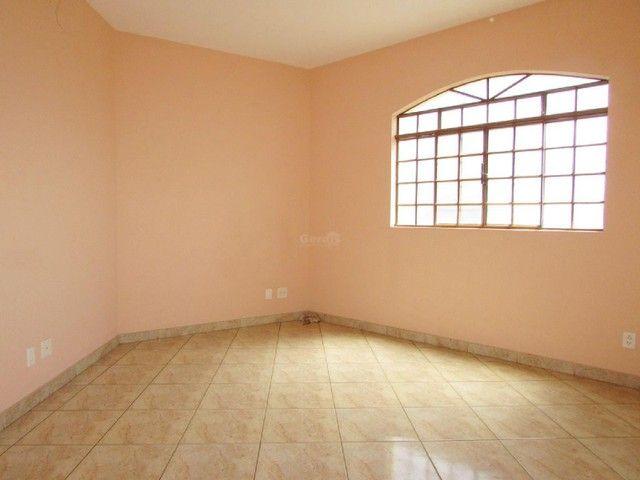 Apartamento para aluguel, 3 quartos, 1 vaga, HALIM SOUKI - Divinópolis/MG - Foto 3