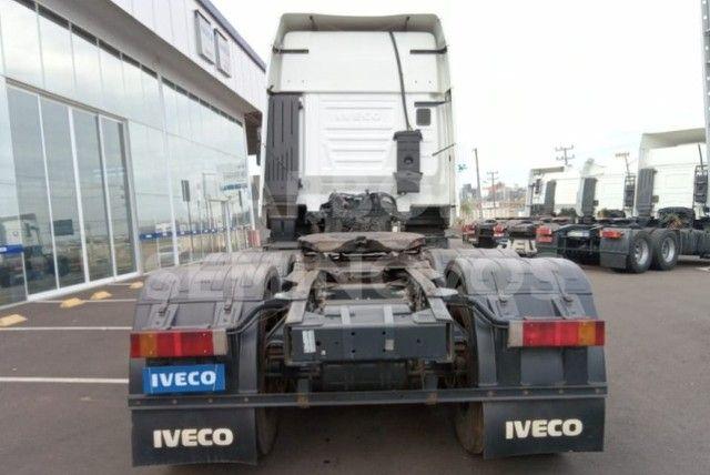 Iveco Hi way 600S44 6X2, ano 2017/2018 - Foto 2
