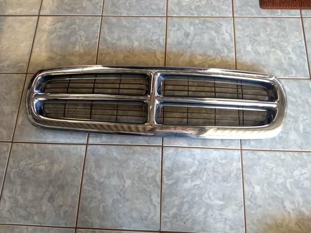 Grade dianteira cromada Dodge Dakota original - Foto 2