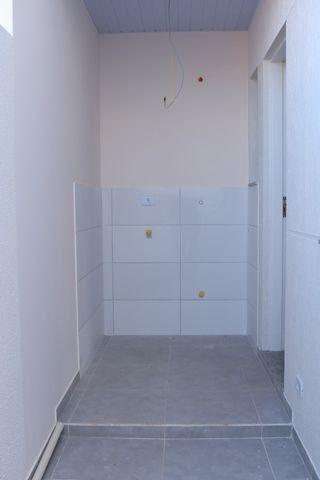 Casa com 2 dormitórios, porém com opção para 3 dorms, averbada e nova no Santa Candida - Foto 17