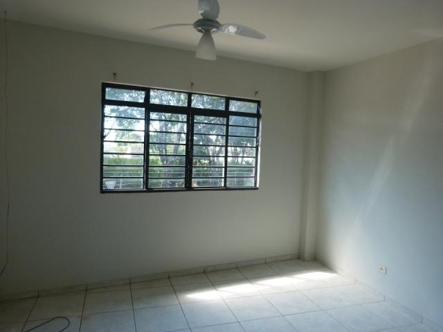 8056 | Casa para alugar com 3 quartos em JD LUCIANÓPOLIS, Maringá - Foto 6