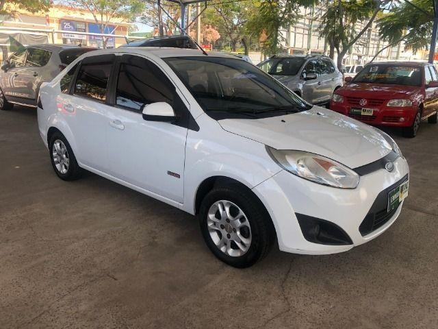 Fiesta Sedam 1.6 Completo + GNV V geração ótimo estado geral entrada R$ 3990,00 + 48 X - Foto 2