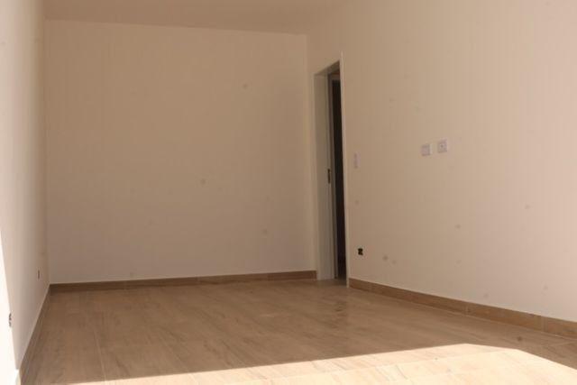 Casa com 2 dormitórios, porém com opção para 3 dorms, averbada e nova no Santa Candida - Foto 19
