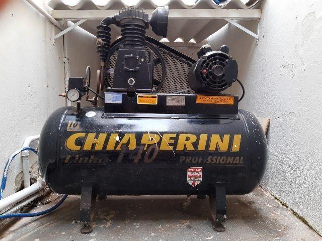 Compressor de ar média pressão 10 pcm 110 litros - Chiaperini 10 MPI 110 L com Motor