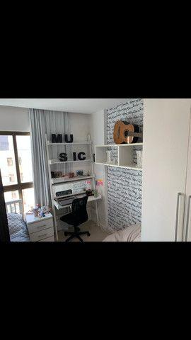 Excelente apartamento 4/4, 3 suítes, totalmente nascente, na ponta verde - Foto 9