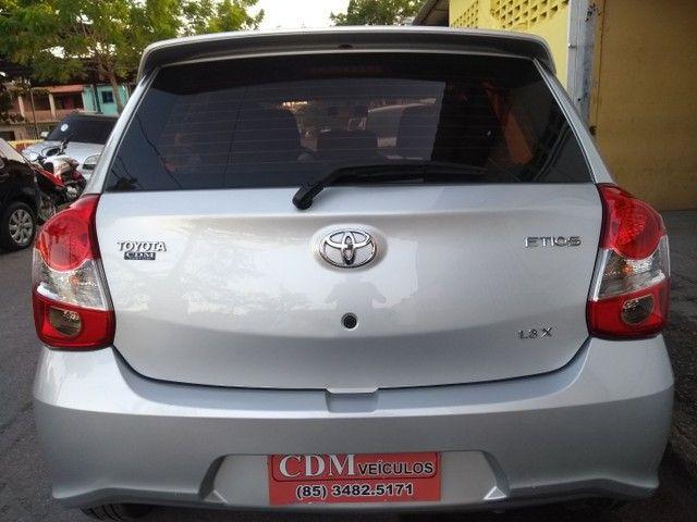 Toyota Etios Hatch 1.3X 2018 Completo Único Dono Novíssimo - Foto 5