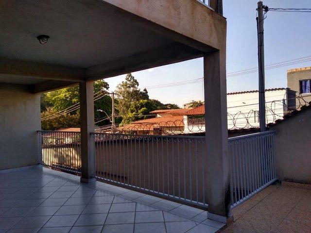 Casa colonial, 3 quartos, suíte, 4 vagas, varanda - Foto 14