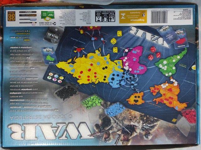 Jogo de Tabuleiro WAR Estratégia - Foto 2