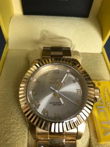 e34013a5b02 Relógio Invicta Pro Diver pulseira inoxidável banhada a ouro