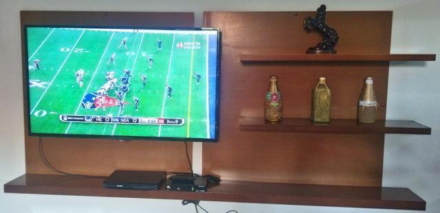 Painel de tv em madeira de lei - comprado na Jacaúna