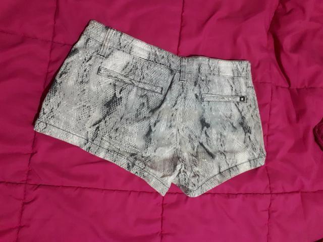 Shorts Hurley tamanho 36 - Foto 2