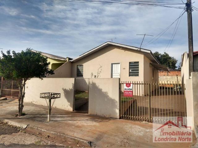 Casa com 3 dormitórios para alugar, 65 m² por R$ 650/mês - Conjunto Vivi Xavier - Londrina