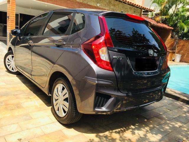 Honda Fit automático com couro e multimedia, ún.dona com 60 mil km!!!! - Foto 2