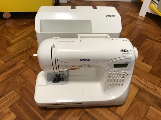 Máquina de Costura Brother Project Runway? Limited Edition PC-420 PRW - Foto 4