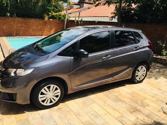 Honda Fit automático com couro e multimedia, ún.dona com 60 mil km!!!! - Foto 4