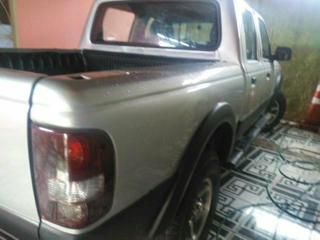 Vendo uma Camionete ano 2007 a diesel - Foto 3
