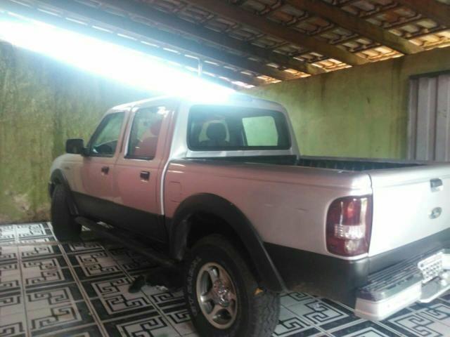 Vendo uma Camionete ano 2007 a diesel