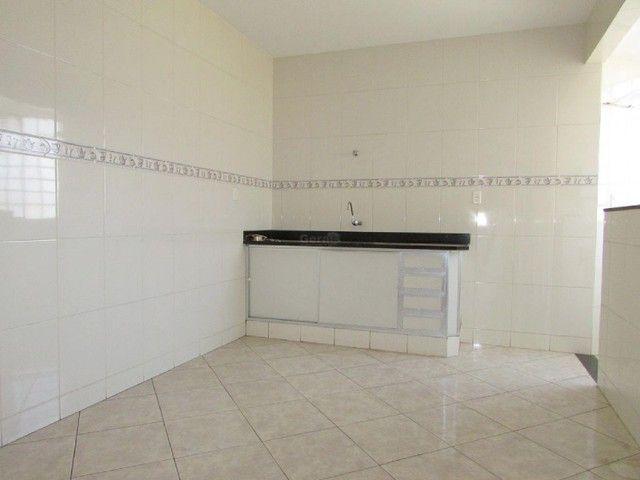 Apartamento para aluguel, 3 quartos, 1 vaga, HALIM SOUKI - Divinópolis/MG - Foto 6