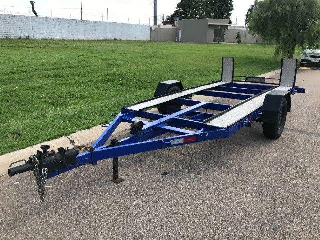 Carretinha reboque para veiculos Capacidade 1300 kg articulável, pneus novos - Foto 3