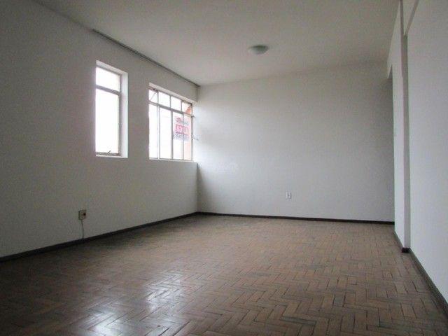 Apartamento para aluguel, 3 quartos, 1 vaga, CENTRO - Divinópolis/MG - Foto 2