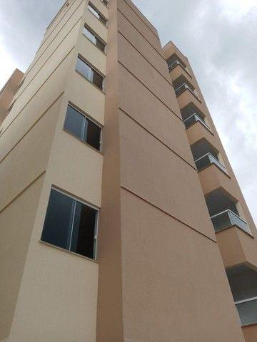 Apê de 2/4 por R$ 280.000 suíte grande área externa em Vivendas da Serra - Foto 8