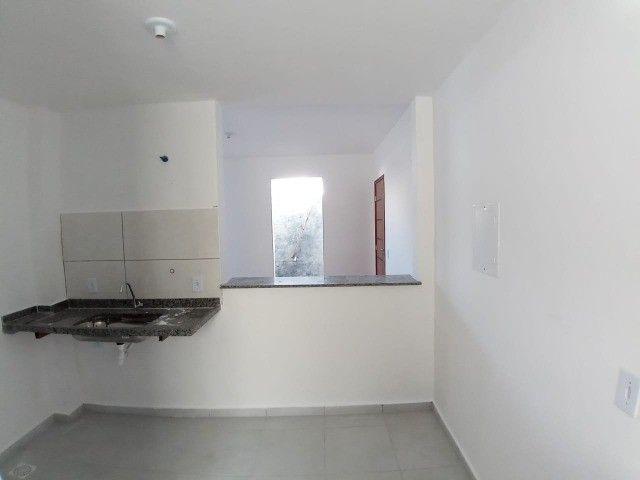 Apê de 2/4 por R$ 280.000 suíte grande área externa em Vivendas da Serra - Foto 9