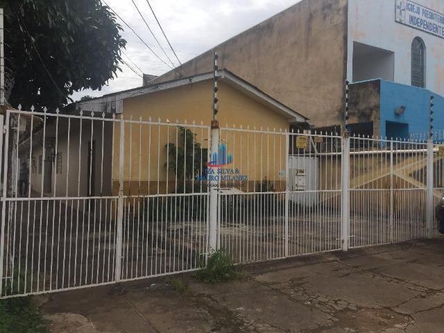 Alugamos apartamento em vila no bairro São Cristóvão