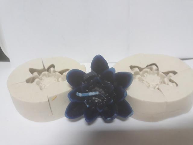 Moldes de silicone para vela e sabonete