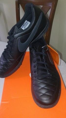 e111488634 Chuteira Society Nike Majestry TF cor preta tamanhos 40