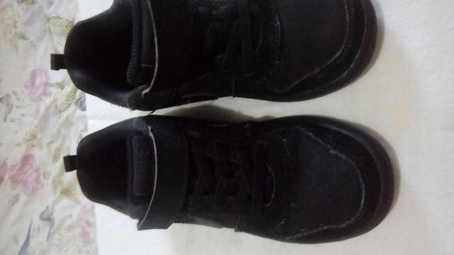 Tenis Nike original Tam 26