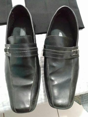 9412aa8f2 Terno preto tng acompanha sapato e gravata - Roupas e calçados ...
