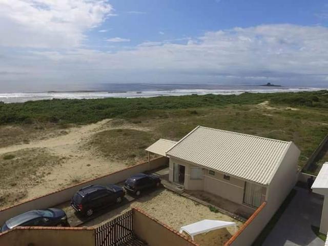 Casa em Guaratuba de frente para o mar - Foto 2