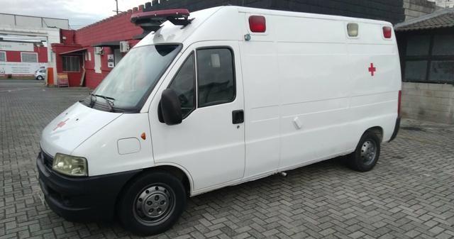 Ambulância - Foto 3