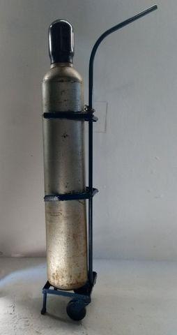 Cilindro Co2 com carrinho - Foto 3