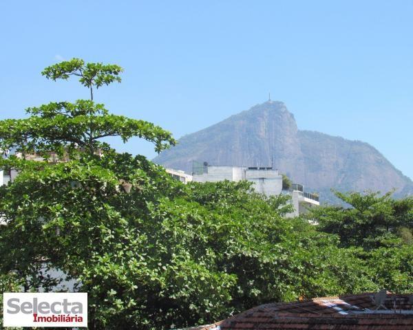Apartamento na excelente Rua Vinicius de Moraes, pertinho da Lagoa, com garagem !