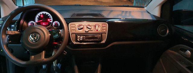 Volkswagen Up! Mpi 4p 1.0 High Preto 2015 - Foto 4