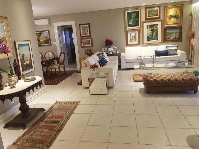 Apartamento Grenville Lumno 4 Suítes 225m2 Alto Decorado Nascente linda vista mar - Foto 12