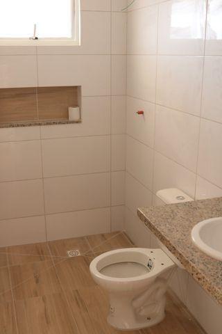 Casa com 2 dormitórios, porém com opção para 3 dorms, averbada e nova no Santa Candida - Foto 13